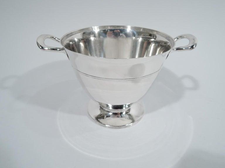 Stylish Tiffany Edwardian Modern Sterling Silver Coffee & Tea Set For Sale 4