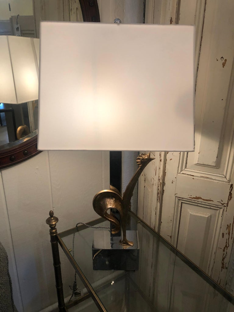 Stylish & Whimsical Mid-Century Modern French Rooster Lamp in Brass & Chrome In Good Condition For Sale In Hopewell, NJ