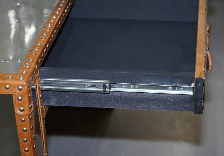 Sublime Andrew Martin Polished Chrome Luggage Campaign Dest Leather Boarders For Sale 14