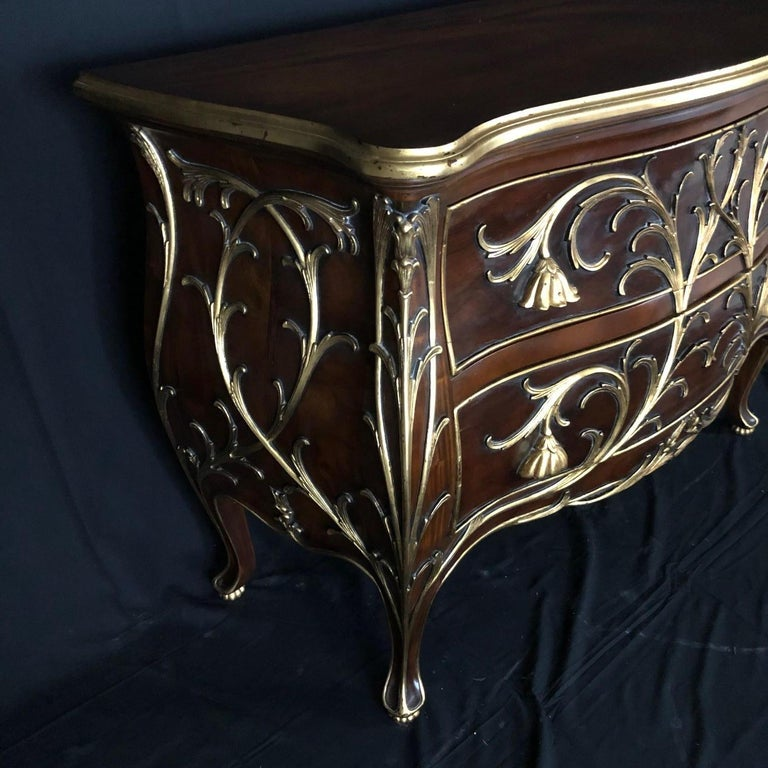 Sublime Louis XV Serpentine Chest or Commode with Rare Gold Floral Details 4