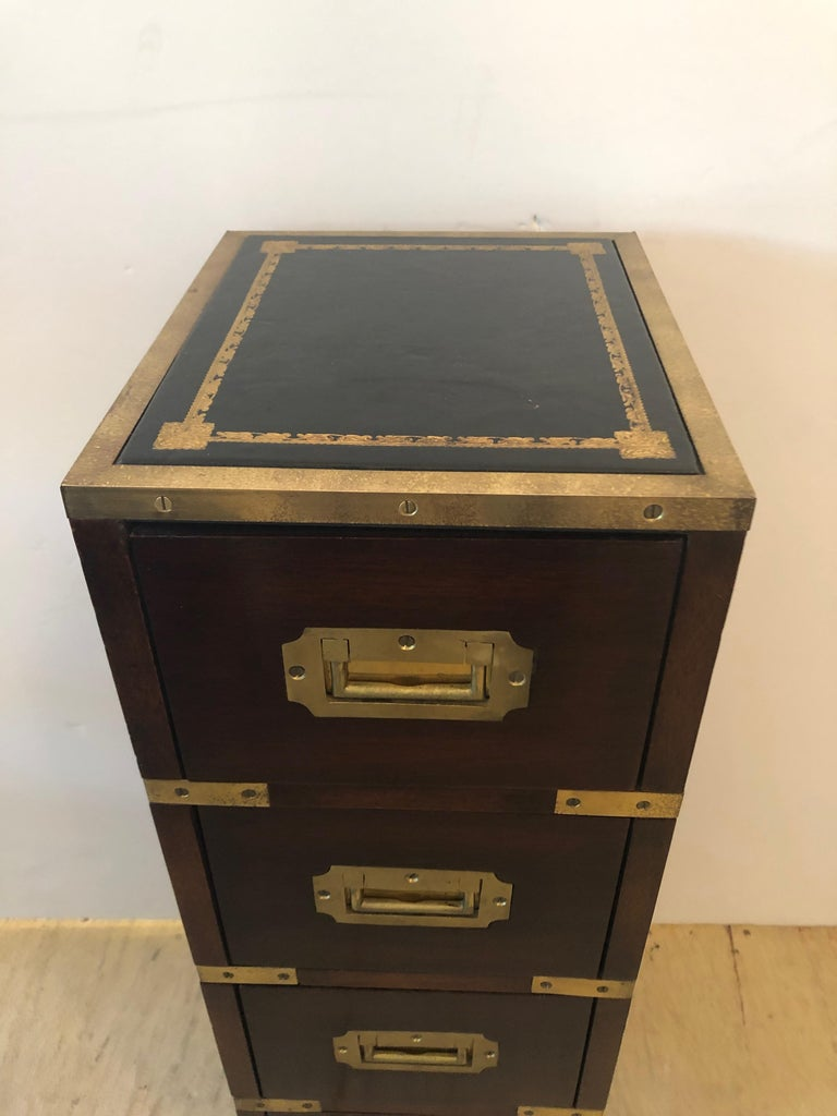 Sublimely Elegant Tall Narrow English Campaign Chest or Side End Table In Excellent Condition For Sale In Hopewell, NJ