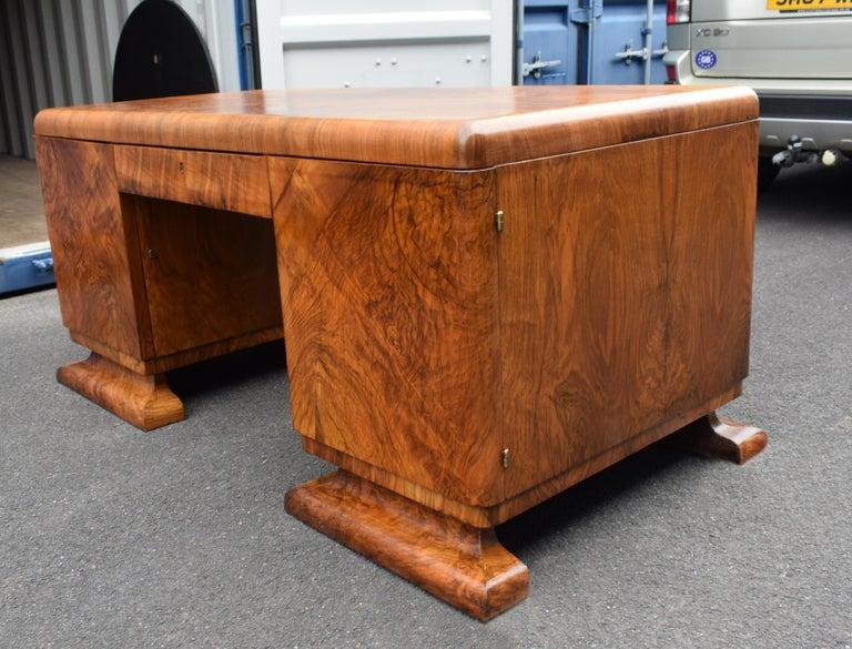 Substantial Art Deco Walnut Partners Desk, circa 1935 For Sale 6