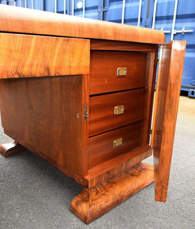 Substantial Art Deco Walnut Partners Desk, circa 1935 For Sale 3