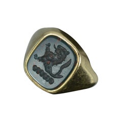 Substantial Bloodstone Intaglio and Yellow Gold Unisex Signet Lion Seal Ring