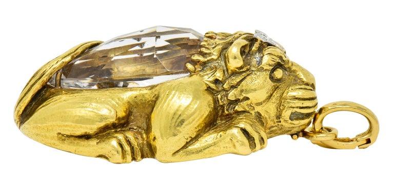 Substantial David Webb Diamond Rock Crystal 18 Karat Gold Lion Pendant Brooch For Sale 4