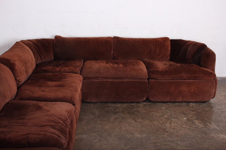 Suede Sectional Sofa by Alberto Rosselli for Saporiti In Good Condition In Dallas, TX