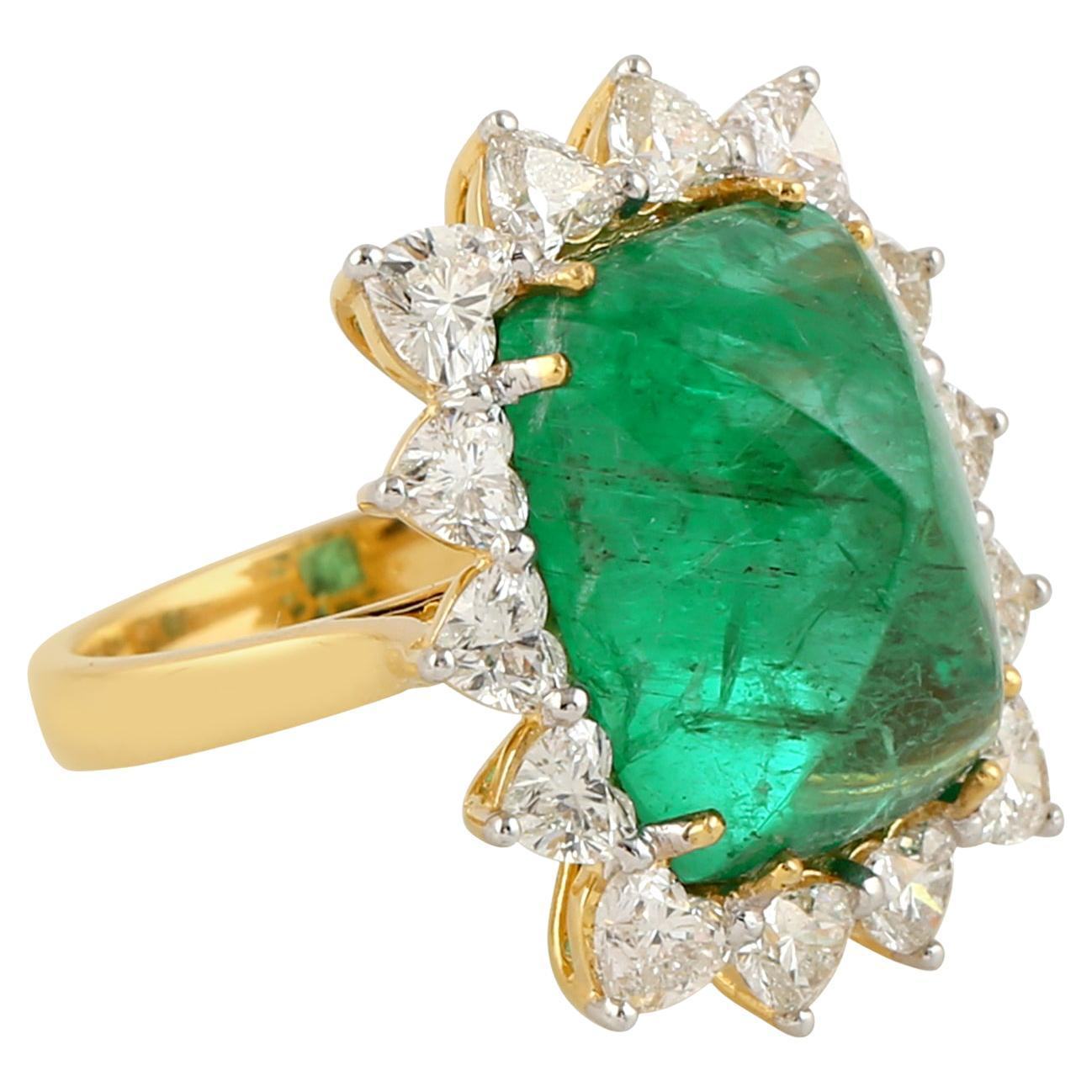 Sugar Loaf Cut Emerald and Heart Shape Diamond Ring in 18k Yellow Gold