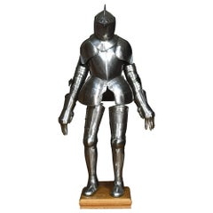 Suit of 16th Century Style Armour