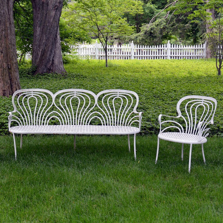 Suite of 1930s Wrought-Iron Furniture In Good Condition For Sale In Katonah, NY