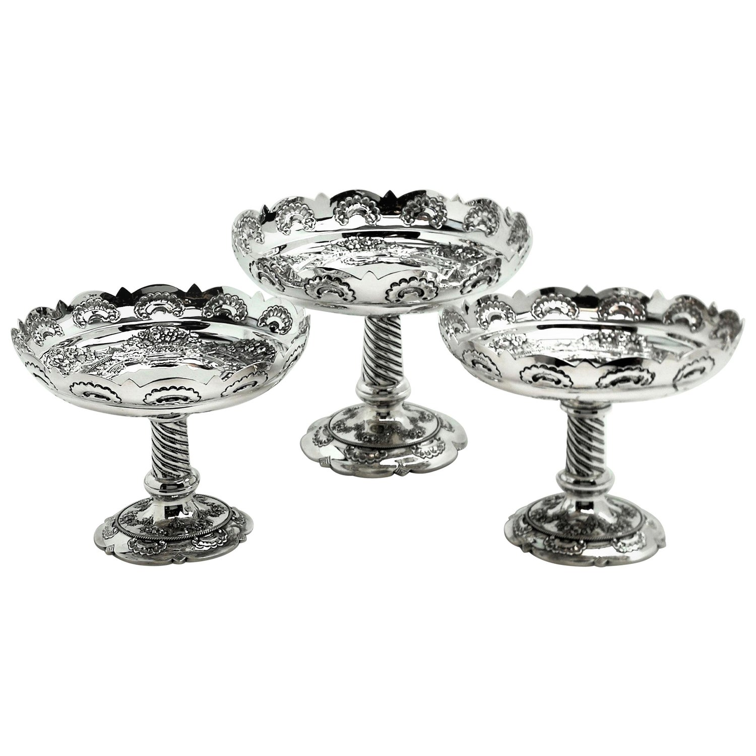 Suite of 3 Antique Victorian Silver Comports / Dishes 1892 / 93 Centrepiece
