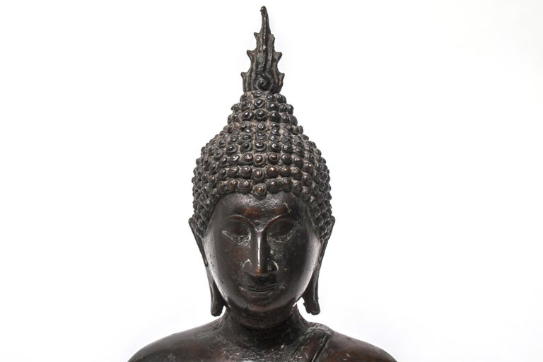 Sukothai Style Thai Bronze Seated Buddha For Sale 2