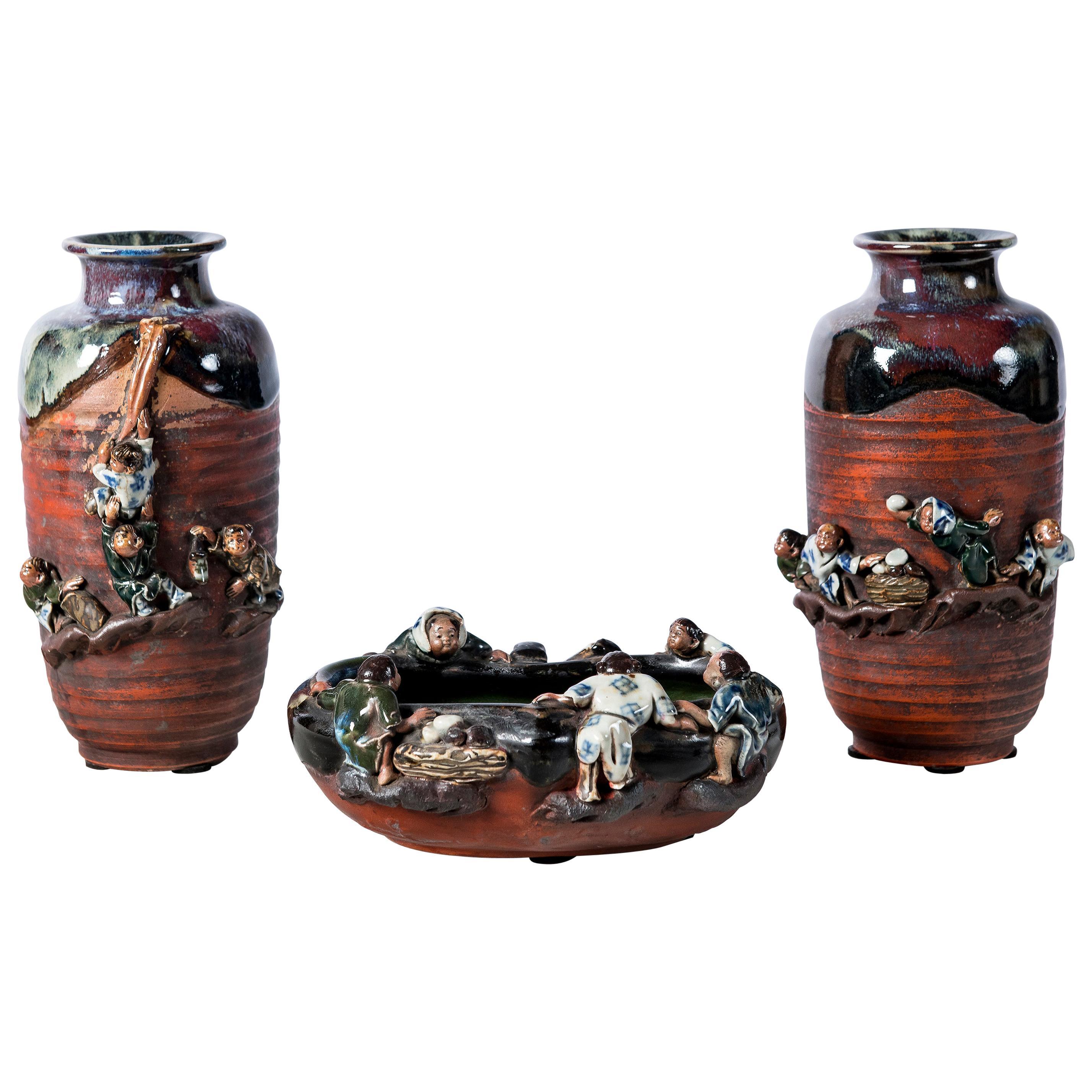 Sumida Gawa Pottery Garniture, Japan, circa 1890-1900