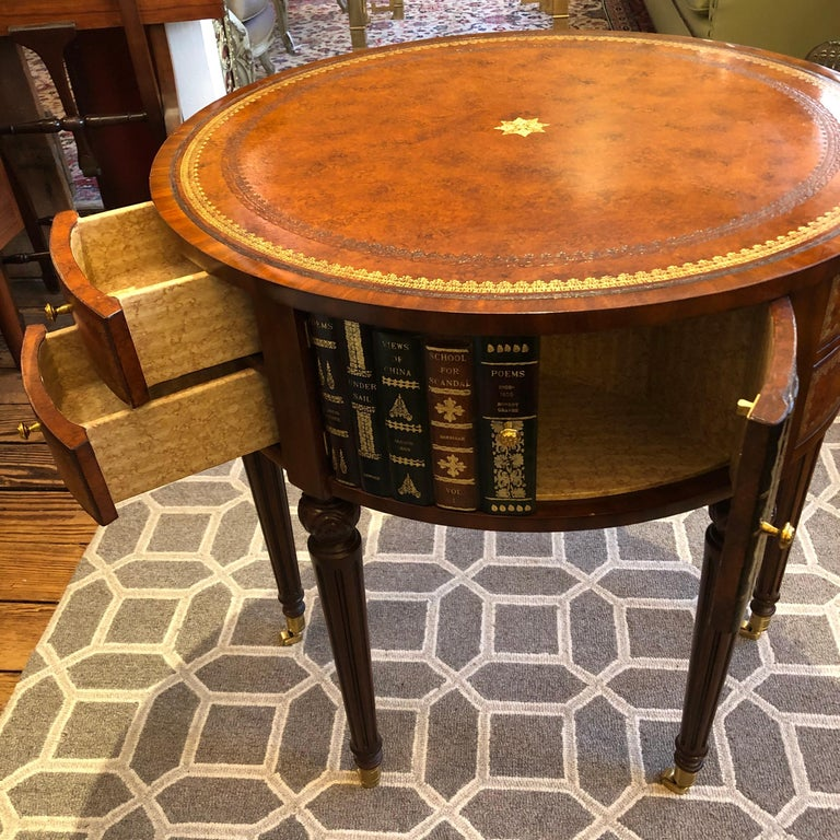 Sumptuous Round Leather Wrapped Book Motife Center or Side Table In Good Condition For Sale In Hopewell, NJ