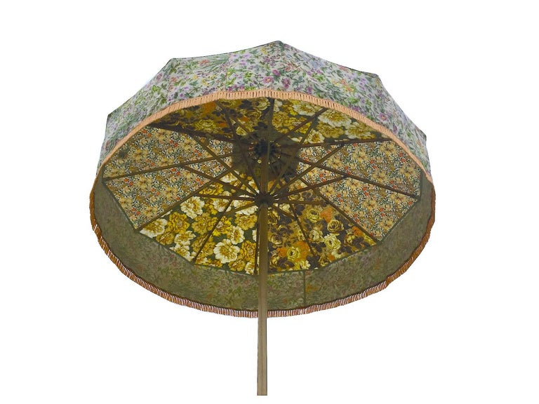 You are viewing one of Sunbeam Jackie's iconic sun umbrellas. 