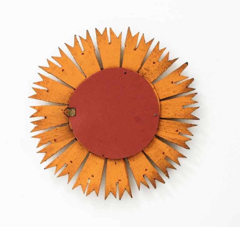 Sunburst Convex Mirror in Giltwood For Sale 4