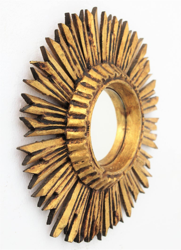 French Sunburst Convex Mirror in Giltwood For Sale