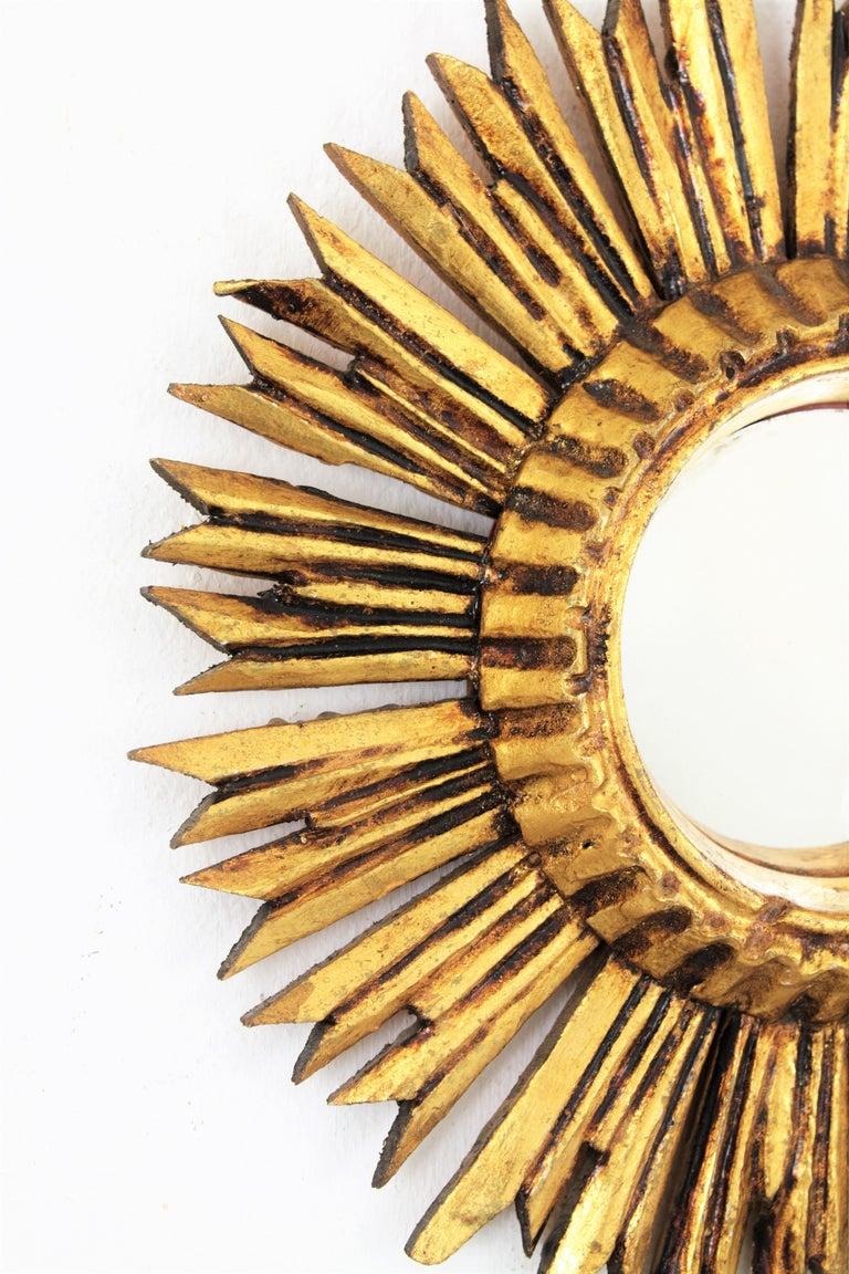 Gesso Sunburst Convex Mirror in Giltwood For Sale