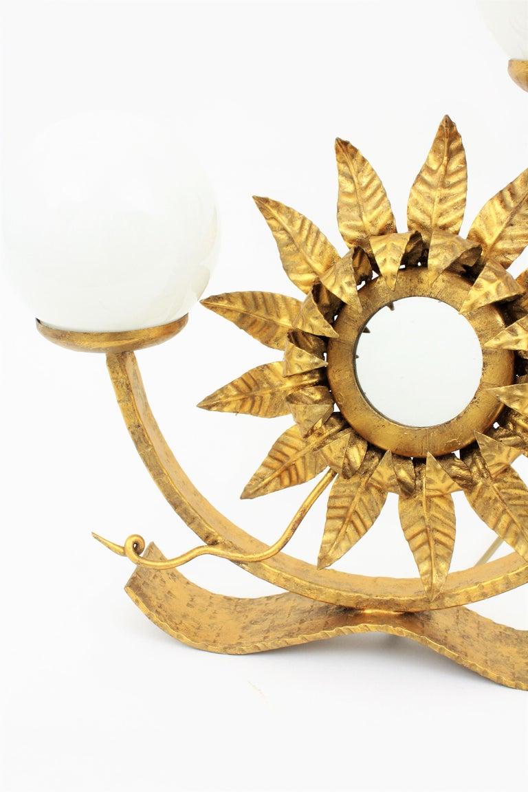Sunburst Gilt Iron Table Lamp with Mirror and Milk Glass Globes, Spain, 1950s For Sale 4