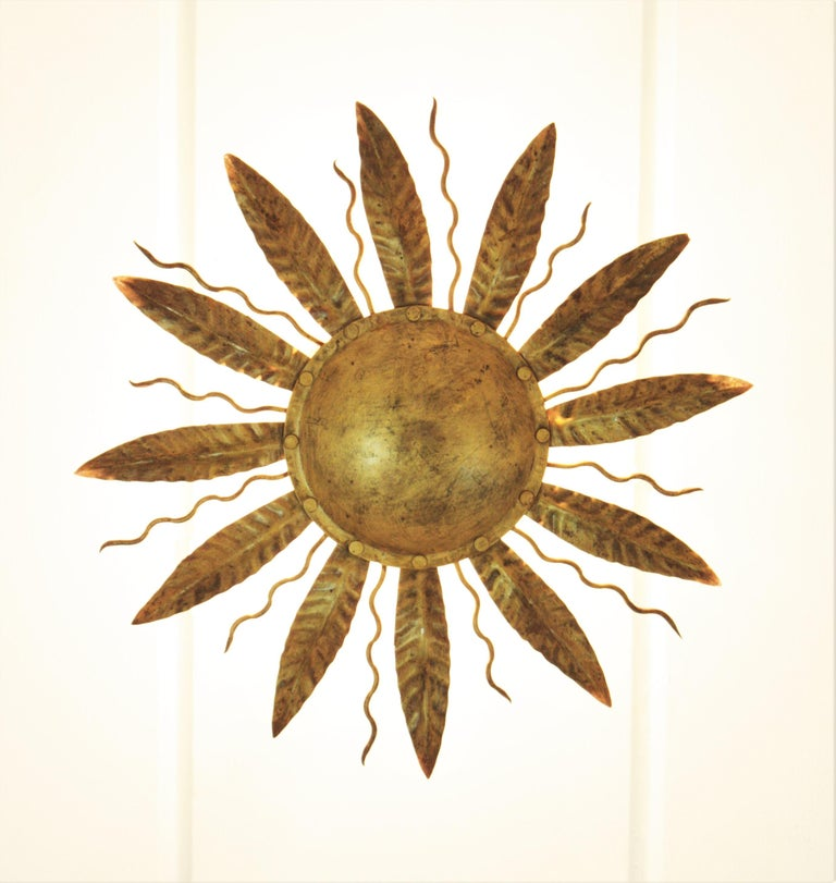 Sunburst Light Fixture in Gilt Metal, 1960s In Good Condition In Barcelona, ES