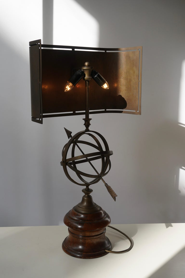 Sundial Table Lamp in Patinated Brass on Wooden Base For Sale 12