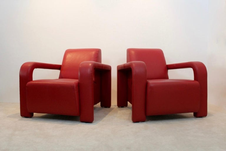 Super Comfortable Pair of Marinelli Red Leather Armchairs, Italy For Sale 4
