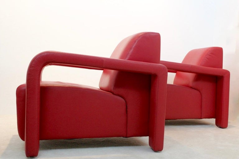 Mid-Century Modern Super Comfortable Pair of Marinelli Red Leather Armchairs, Italy For Sale