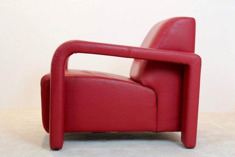 Super Comfortable Pair of Marinelli Red Leather Armchairs, Italy In Good Condition For Sale In Voorburg, NL