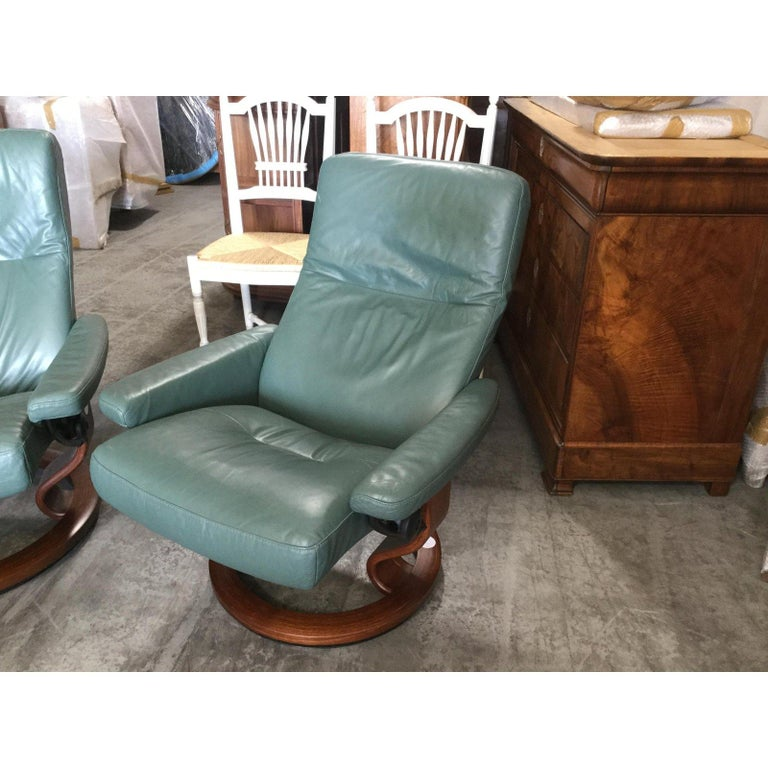 Super Cool Mid-Century Modern Stressless Chairs with Ottomans For Sale 3