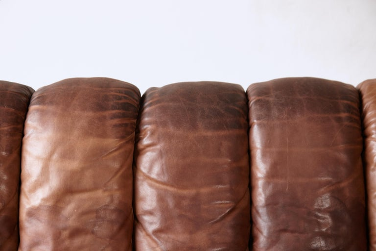 Super Patinated De Sede DS-600 Modular Sectional Leather Non Stop Sofa, 1970s For Sale 4
