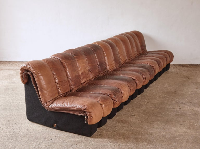 Super Patinated De Sede DS-600 Modular Sectional Leather Non Stop Sofa, 1970s For Sale 7