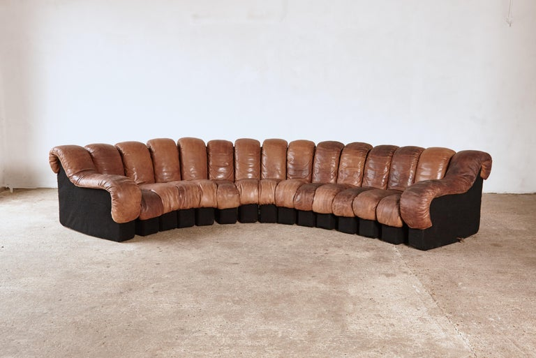 Mid-Century Modern Super Patinated De Sede Ds-600 Modular Sectional Leather Non Stop Sofa, 1970s For Sale