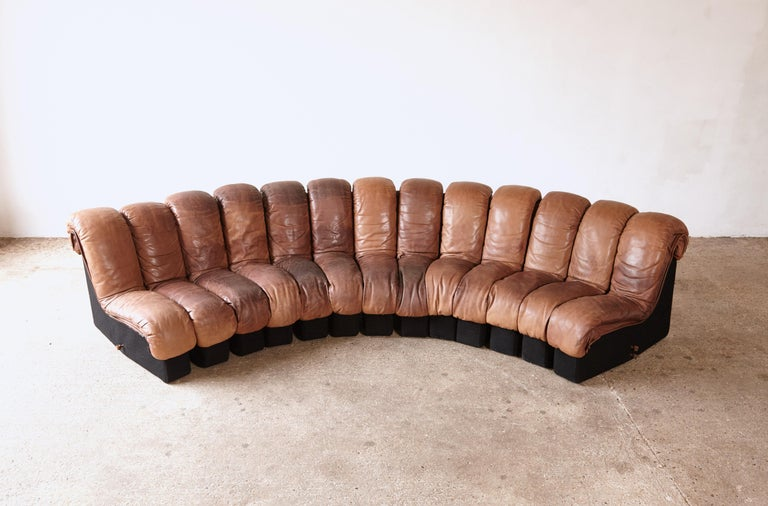 Swiss Super Patinated De Sede DS-600 Modular Sectional Leather Non Stop Sofa, 1970s For Sale