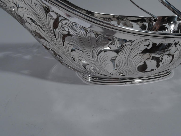 Super Stylish Sterling Silver Wine Cradle by Buccellati In Excellent Condition For Sale In New York, NY