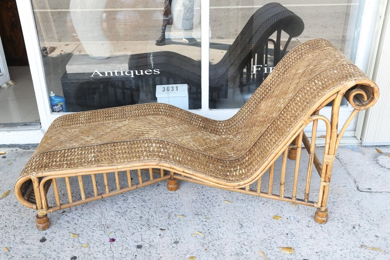 Superb 1920s Modern Rattan Daybed Or Long Chair At 1stdibs