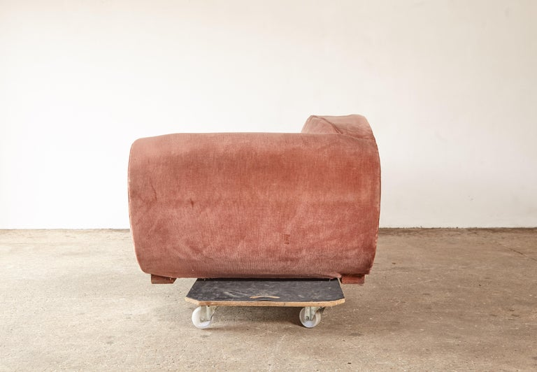 Superb 1950s Pink Sofa Attributed to Maison Gouffé, France, 1950s For Sale 1
