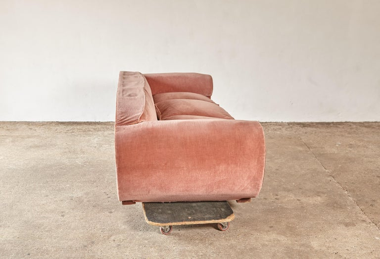 Superb 1950s Pink Sofa Attributed to Maison Gouffé, France, 1950s For Sale 3