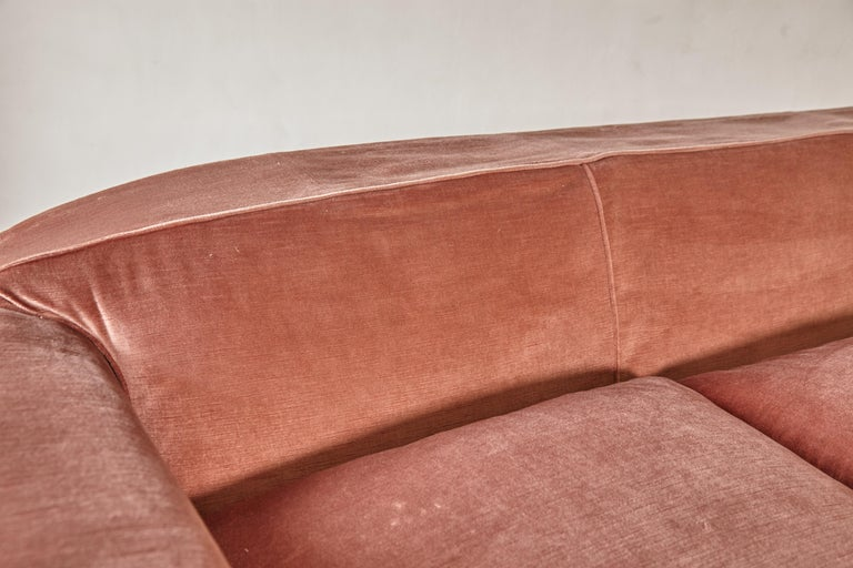 Superb 1950s Pink Sofa Attributed to Maison Gouffé, France, 1950s For Sale 6