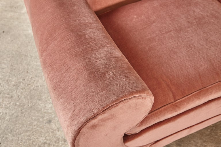 Superb 1950s Pink Sofa Attributed to Maison Gouffé, France, 1950s For Sale 7