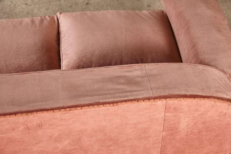Superb 1950s Pink Sofa Attributed to Maison Gouffé, France, 1950s For Sale 11