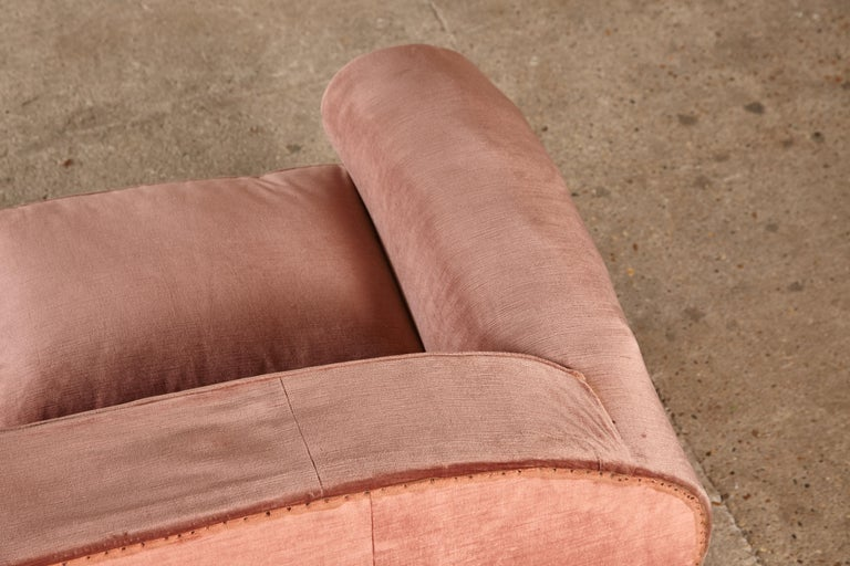 French Superb 1950s Pink Sofa Attributed to Maison Gouffé, France, 1950s For Sale