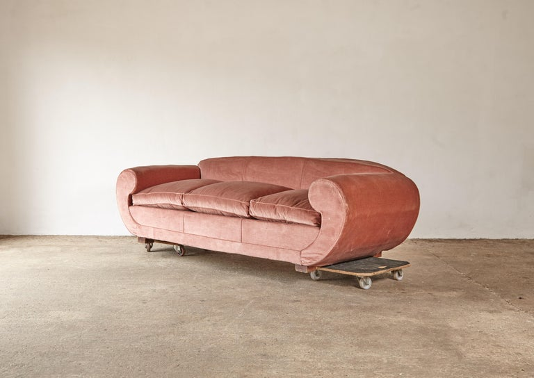 Superb 1950s Pink Sofa Attributed to Maison Gouffé, France, 1950s In Good Condition For Sale In London, GB