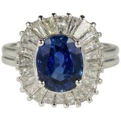 Schöner 3,0 Karat Natürlicher Ceylon Saphir 2,0 Karat Diamant Ballerina Ring