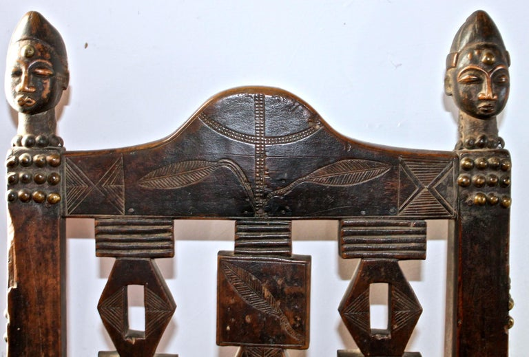Superb and Rare 19th Century Baule Chair from the Ivory Coast In Good Condition For Sale In Sharon, CT
