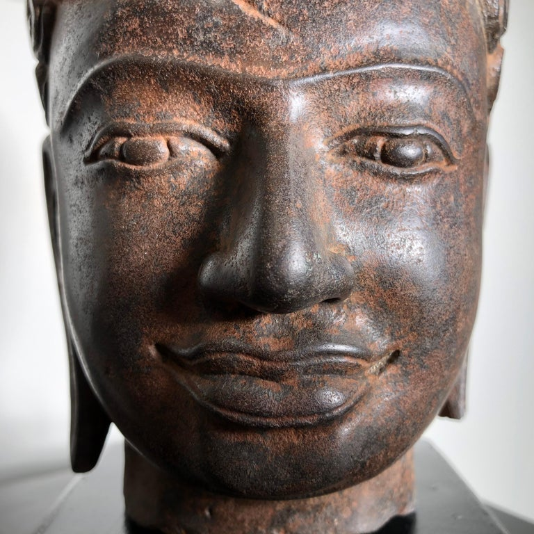 Superb Antique Peaceful Buddha Head, 18th Century with Custom Stand For Sale 1