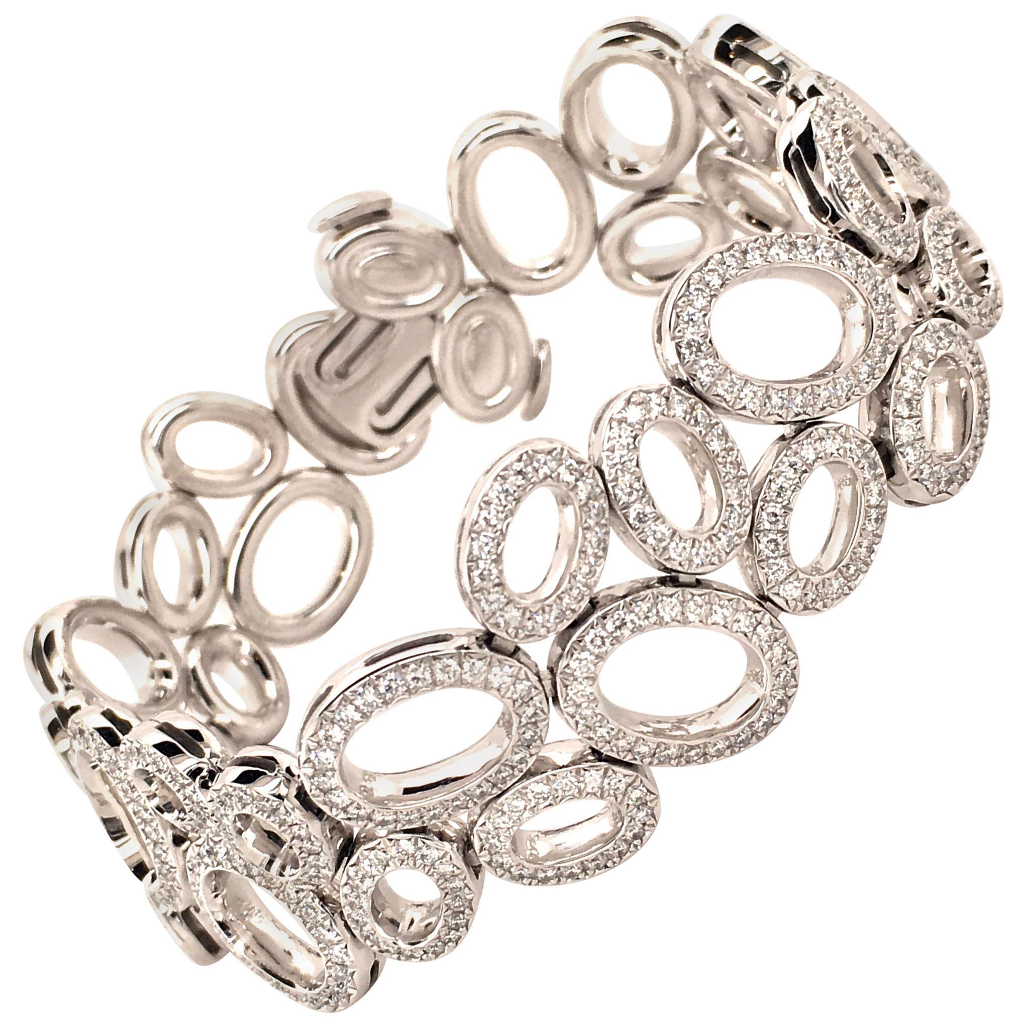 Superb Diamond Bracelet in White Gold by Gubelin