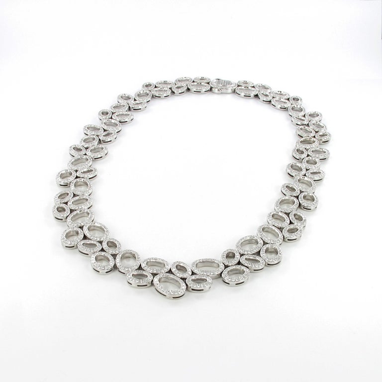 Contemporary Superb Diamond Necklace in White Gold by Gübelin For Sale