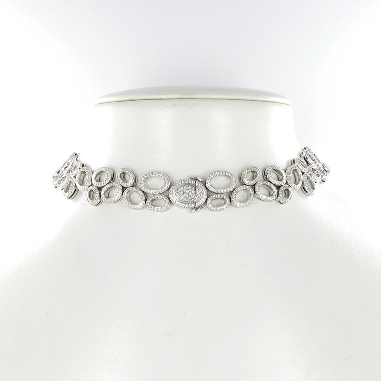Women's or Men's Superb Diamond Necklace in White Gold by Gübelin For Sale