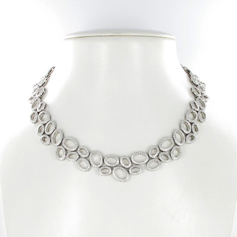 Superb Diamond Necklace in White Gold by Gübelin For Sale 2
