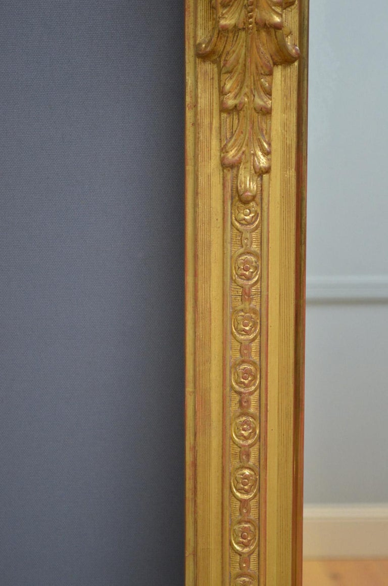 European Superb Early 19th Century Giltwood Pier Mirror For Sale