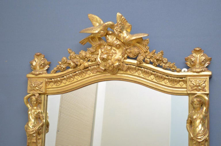 Superb Early 19th Century Giltwood Pier Mirror For Sale 2